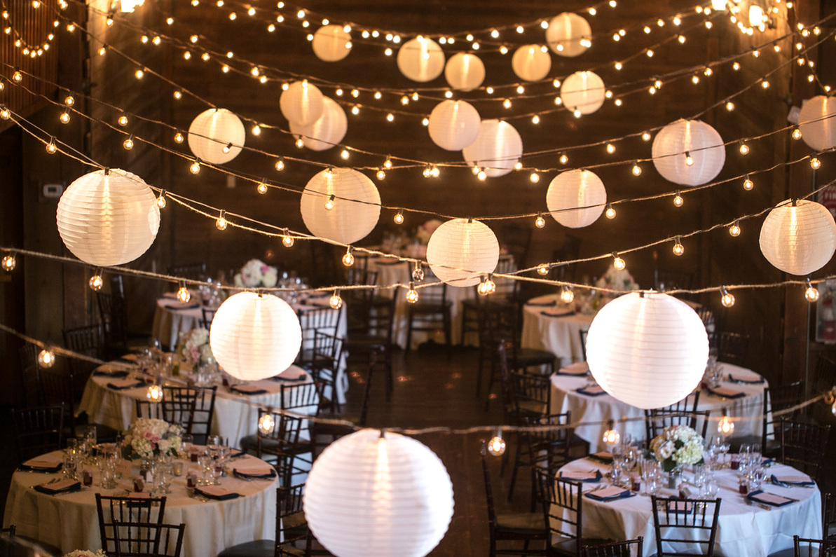 Hanging Lantern Lights Wedding Decor