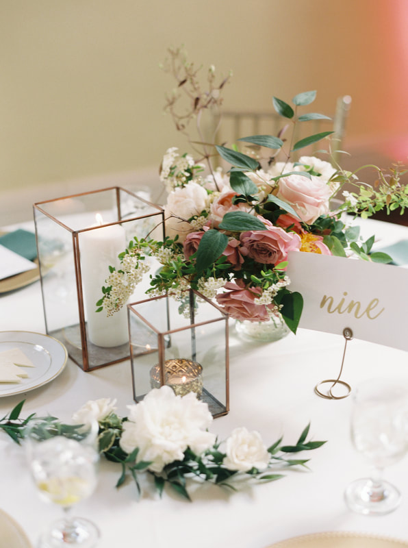 soft and romantic wedding table decor